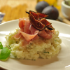 Risotto au jambon et figues rôties.