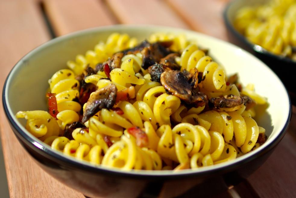 Fusilli aux champignons - Comment cuisiner des champignons de paris frais ...